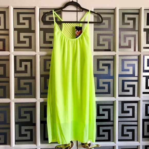 Ro's Closet Other - Neon Green Casual Beach Dress